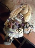 Кукла Корделия в уггах и с сумкой ароматизированная 41 см