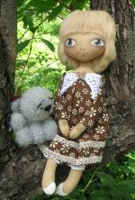 Кукла Ирен - девочка с короткой стрижкой и серым мишкой 33см