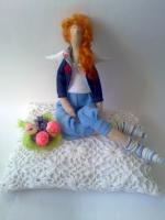 Аманда с букетом - тильда-ангел современных девушек 38 см