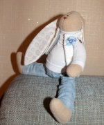 Заяц в джинсах 30 см